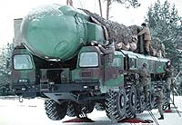 topol-m-truck-bg
